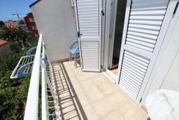 Будванская ривьера, Черногория, Петровац : Комната для 3-х человек, с кондиционером, с балконом