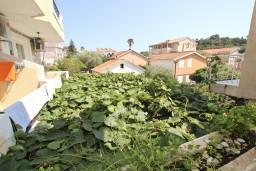 Будванская ривьера, Черногория, Петровац : Апартамент с отдельной спальней, с балконом