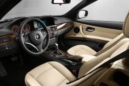 BMW 320i Cabrio 2.0 автомат кабриолет : Будванская ривьера, Черногория