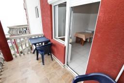 Балкон. Будванская ривьера, Черногория, Кримовица : Студия для 2 человек, с балконом с видом на море