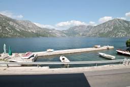 Боко-Которская бухта, Черногория, Костаньица : Студия для 3 человек, 10 метров до моря