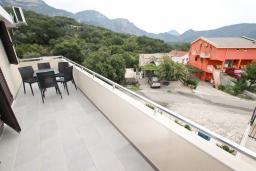Будванская ривьера, Черногория, Булярица : Апартамент для 4-5 человек, с отдельной спальней, с балконом с видом на море