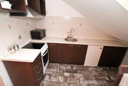 Кухня. Боко-Которская бухта, Черногория, Муо : Современная студия для 2-3 человек, 20 метров до пляжа