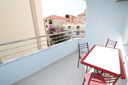 Балкон. Бечичи, Черногория, Бечичи : Студия в Бечичи с балконом в 400 метрах от моря