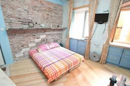 Студия (гостиная+кухня). Боко-Которская бухта, Черногория, Котор : Уютная студия для 2 человек