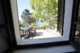 Вид на море. Будванская ривьера, Черногория, Святой Стефан : Комната для 3 человек, с террасой с видом на море