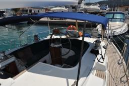 Парусная яхта Beneteau Oceanis 44cc : Бечичи, Черногория