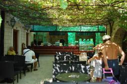 Кафе Costa's coffee в Будве