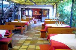 Ресторан Ellas в Доброте