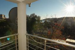 Балкон. Бечичи, Черногория, Бечичи : Апартамент с отдельной спальней и частичным видом на море (№6 APP 03+1/SS)