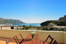 Балкон. Бечичи, Черногория, Бечичи : Стандартный номер с видом на море