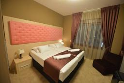 Спальня 2. Бечичи, Черногория, Будва : Апартамент с двумя спальнями