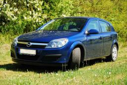 Opel Astra 1.9 автомат : Бечичи, Черногория