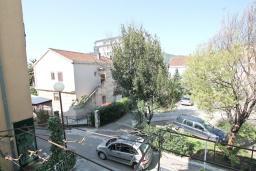 Вид. Будванская ривьера, Черногория, Будва : Комната для 2-х человек, с кондиционером и балконом
