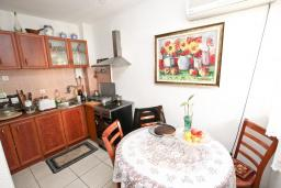 Гостиная. Продается квартира в Будве, Бабилония. 36м2, гостиная, спальня, 400 метров до моря, цена - 70'000 Евро. в Будве