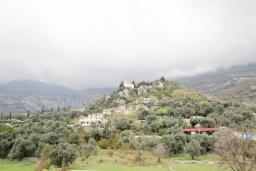 Вид. Будванская ривьера, Черногория, Булярица : Апартамент с гостиной, с отдельной спальней, с балконом с видом на горы