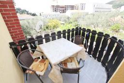 Балкон. Будванская ривьера, Черногория, Петровац : Студия для 3 человек, с балконом
