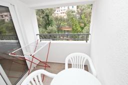 Балкон. Будванская ривьера, Черногория, Петровац : Апартаменты на 2-3 персоны, с отдельной спальней, с балконом