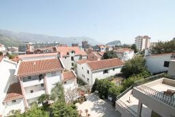 Вид на море. Будванская ривьера, Черногория, Будва : Комната для 3 человек, с балконом с видом на море