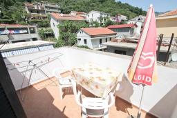 Балкон. Будванская ривьера, Черногория, Будва : Апартамент с 2-мя отдельными спальнями, с 2-мя балконами