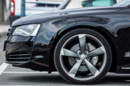 Audi A8 3.0 автомат : Будванская ривьера, Черногория