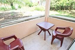 Балкон. Будванская ривьера, Черногория, Булярица : Апартамент с отдельной спальней, с балконом
