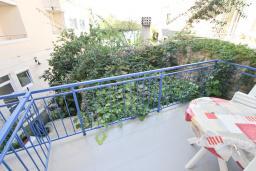 Балкон. Будванская ривьера, Черногория, Рафаиловичи : Студия на 3 персоны, 15 метров от пляжа