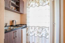 Студия (гостиная+кухня). Будванская ривьера, Черногория, Булярица : Двухместный номер-студио с балконом и видом на море