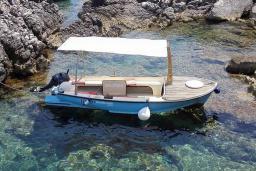 Прогулочная лодка Bojana : Боко-Которская бухта, Черногория