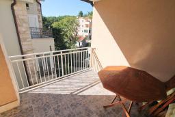 Балкон. Будванская ривьера, Черногория, Петровац : Апартамент для 4 человек, с 2-мя отдельными спальнями, 70 метров до моря