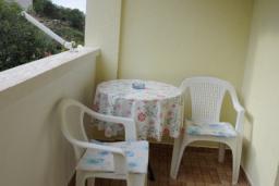 Балкон. Бечичи, Черногория, Бечичи : Уютная студия с балконом
