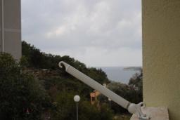 Вид на море. Бечичи, Черногория, Бечичи : Уютная студия с балконом