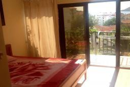 Спальня 3. Будванская ривьера, Черногория, Будва : Четырехэтажный дом с двумя гостиными, двумя кухнями, 6 спален, 6 ванных комнат, гараж, сауна
