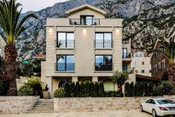 Фасад дома. Casa del Mare - Pietra 4* в Доброте