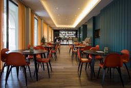 Кафе-ресторан. Budva 4* в Будве