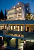 Фасад дома. Alexandar Luxury Suites & Spa 4* в Будве