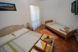 Спальня. Бечичи, Черногория, Бечичи : Апартамент с отдельной спальней и террасой (№3 APP 03)