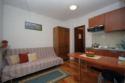 Гостиная. Бечичи, Черногория, Бечичи : Апартамент с отдельной спальней и террасой (№3 APP 03)