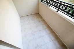 Балкон. Будванская ривьера, Черногория, Петровац : Апартаменты на 6-8 человек, 2 спальни, 2 балкона