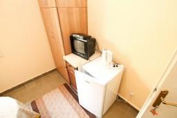 Спальня 2. Будванская ривьера, Черногория, Петровац : Апартаменты на 10 персон, 4 спальни