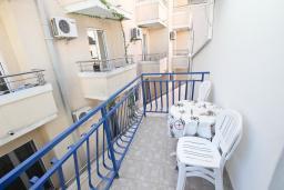 Балкон. Будванская ривьера, Черногория, Рафаиловичи : Студия на 4 персоны, 15 метров от пляжа