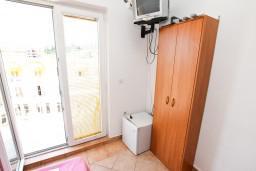 Рафаиловичи, Черногория, Рафаиловичи : Комната на 2 персоны с видом на море, 50 метров от пляжа