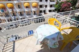 Балкон. Будванская ривьера, Черногория, Рафаиловичи : Студия с видом на море, 50 метров от пляжа
