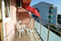 Балкон. Бечичи, Черногория, Бечичи : Апартамент в Бечичи с балконом с видом на море