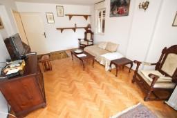 Гостиная. Бечичи, Черногория, Бечичи : Апартаменты на 6 персон, 2 отдельные спальни