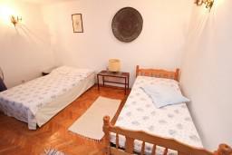 Спальня. Бечичи, Черногория, Бечичи : Апартаменты на 6 персон, 2 отдельные спальни