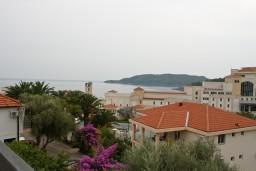 Вид на море. Бечичи, Черногория, Бечичи : Апартаменты с балконом с видом на море