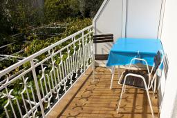 Балкон. Бечичи, Черногория, Бечичи : Комната на 2 персоны с кондиционером