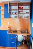 Кухня. Будванская ривьера, Черногория, Пржно : Апартаменты на 4 персоны, 2 спальни, 60 метров от пляжа