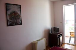 Будванская ривьера, Черногория, Пржно : Комната на 2 персоны с кондиционером, с видом на море